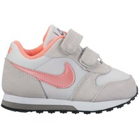 Shoes Children Low top trainers Nike MD Runner 2 TD Red-Grey-Pink