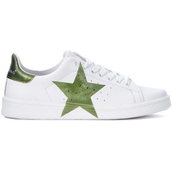 Shoes Women Trainers Nira Rubens Daiquiri white leather Sneaker with green laminated star. White