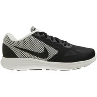 Shoes Men Low top trainers Nike Revolution 3 Black-White