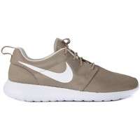 Shoes Men Low top trainers Nike ROSHE ONE KHAKI Verde