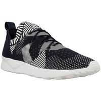 Shoes Women Low top trainers adidas Originals ZX Flux Black-White