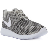 Shoes Women Low top trainers Nike ROSHE ONE GS     78,4