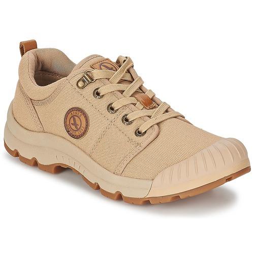 Shoes Men Low top trainers Aigle TENERE LIGHT LOW CVS Sable