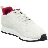 Shoes Women Low top trainers Nike MD Runner 2 Grey-Cream