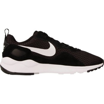 Shoes Women Low top trainers Nike LD RUNNER Black