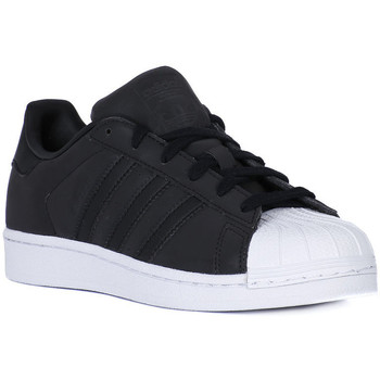 Shoes Low top trainers adidas Originals SUPERSTAR    117,6