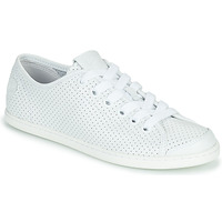 Shoes Women Low top trainers Camper UNO White