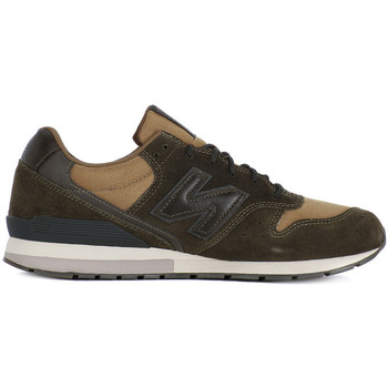 Shoes Men Low top trainers New Balance MRL996MT Verde