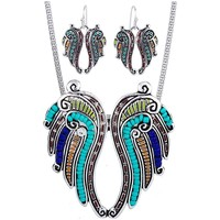 Watches Women Jewelerry sets Blue Pearls Multicolor Pearl Wing Pendant and Earrings Set Multicolored