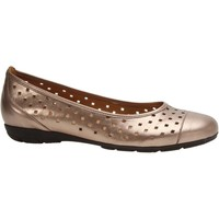 Shoes Women Derby Shoes & Brogues Gabor Ruffle Womens Punched Detail Casual Shoes gold