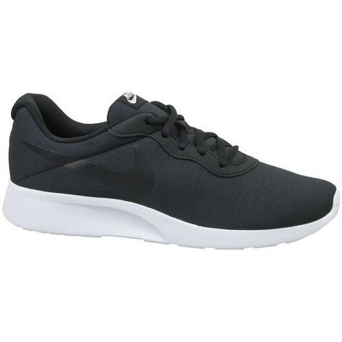 Shoes Men Low top trainers Nike Tanjun