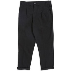 Clothing Men Cropped trousers The Idle Man Loose Fit Cropped Pleated Chino Black Black