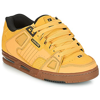 Shoes Men Low top trainers Globe SABRE Wheat / Tobacco