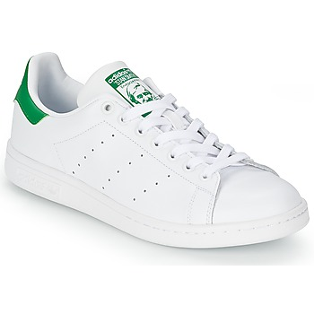 adidas  STAN SMITH  mens Shoes (Trainers) in white