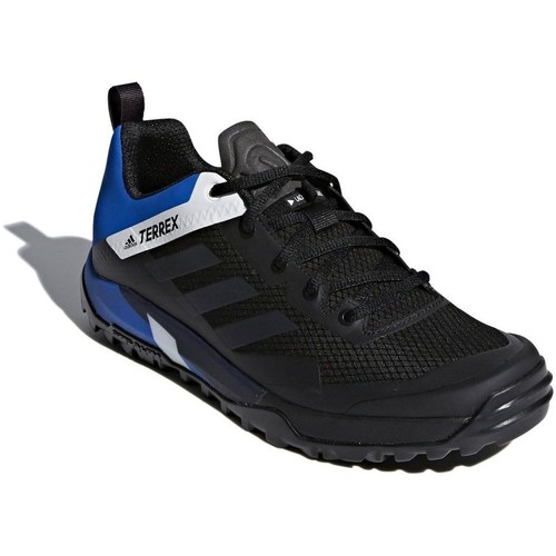Shoes Men Low top trainers adidas Originals Terrex Trail Cross SL Black-Blue