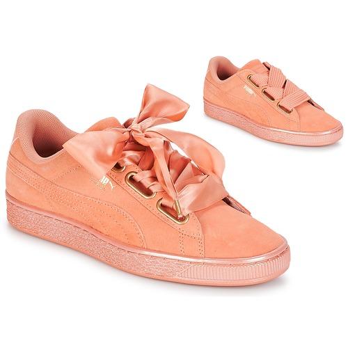 Shoes Women Low top trainers Puma WN SUEDE HEART SATIN.DUSTY Orange
