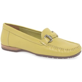 Shoes Women Derby Shoes & Brogues Charles Clinkard Rosela Womens Moccasins yellow