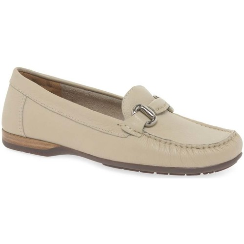 Shoes Women Derby Shoes & Brogues Charles Clinkard Rosela Womens Moccasins BEIGE