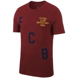 Clothing short-sleeved t-shirts Nike 2017-2018 Barcelona Crest Football T-Shirt Maroon