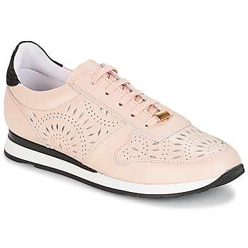 Shoes Women Low top trainers André OPALINE Beige