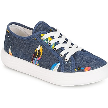 Shoes Girl Low top trainers André PLUMETTE Jean