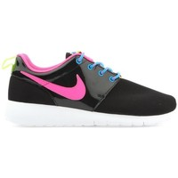 Shoes Women Low top trainers Nike Roshe One 599729-011 black
