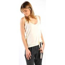 Clothing Women Tops / Sleeveless T-shirts American Vintage DEBARDEUR NOU27 NATUREL Beige